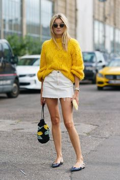 New Street Style Trends for Would you love to wear this street style outfit? Street Style Trends, Nyc Street Style, Rihanna Street Style, Copenhagen Street Style, Looks Street Style, Looks Style, Danish Street Style, Fall Style Trends, Danish Style