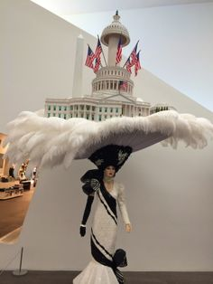 Beach Blanket Babylon at the DeYoung Museum