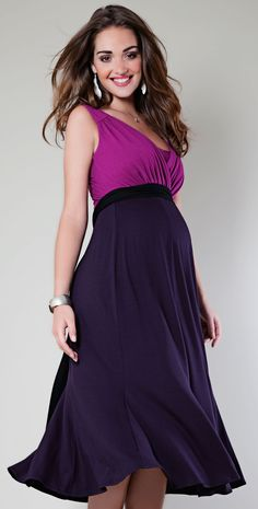 Swing Berry Jersey Maternity Dress by Tiffany Rose-Last few sizes remaining.A demure shorter length take on our striking colour block Maxi Berry maternity dress, to add instant impact to daytime dining or cocktail hour. Plus Size Maternity Dresses, Maternity Tees, Maternity Fashion, Plus Size Dresses, Cute Dresses, Maternity Wedding, Maternity Style, Maternity Swimwear, Maternity Nursing