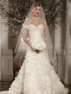 Bridal Gowns: Romona Keveza Collection Princess/Ball Gown Wedding Dress with Sweetheart Neckline and Dropped Waist Waistline