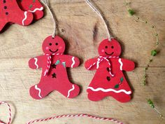 Pack of 2 lovely wooden Mr and Mrs Gingy Gingerbread christmas decorations or gift tags  by Handmadebyswans on Etsy