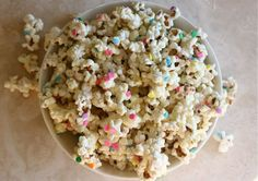White Chocolate Confetti Popcorn by Adrianna of A Cozy Kitchen for Glitter Guide.