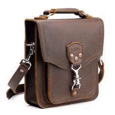 Saddleback Leather Front Pocket Pouch - Full Grain Leather Satchel Bag with 100 Year Warranty Leather Pouch, Leather Satchel, Leather Men, Leather Handbags, Brown Leather, Leather Bags Handmade, Leather Craft, Saddleback Leather, Small Messenger Bag