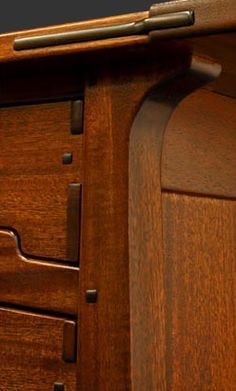 Greene & Greene Furniture by Darrell Peart