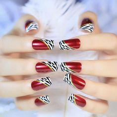 Shiny Red Wine Leopard Pattern False Nails Golden Glitter Artificial Fake Nail Tips . Black Nails, Red Nails, Cute Nails, Pretty Nails, Nail Store, Nagel Hacks, Nail Length, Artificial Nails, Professional Nails