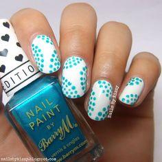 Nails By Kizzy: 5 Minute Seaside Dotticure!