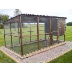 The James Super Chicken Coop Hen House and Chicken Run