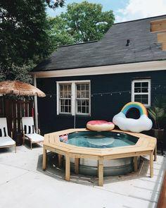 Cozy Backyard Bench Seating Area Design Landscaping Ideas (19)