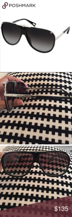 Authentic Marc Jacobs Aviators Worn few times, box not in great shape but will still send in box Marc Jacobs Accessories Sunglasses