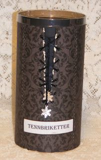 Karins-kortemakeri: Tennbriketter nr 3 Candle Holders, Candles, Porta Velas, Candy, Candle Sticks, Candle Stand, Candle