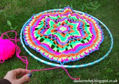 Dada Neon Crochet: Create your own wall hanging Mandala!