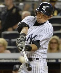 2012.08.13 7回、右中間三塁打を放つイチロー