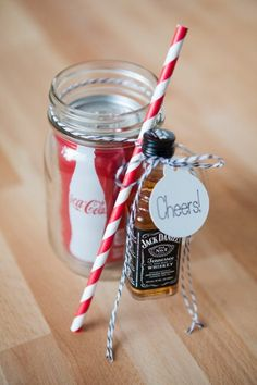 I like the Jack and Coke idea- maybe make it the couple's favorite mixers? I like the jack and coke, but the other half prefers tequila. 19 Straight-Up Awesome Wedding Ideas You'll Wish You Thought Of First Wedding Favors For Guests, Wedding Gifts, Wedding Day, Trendy Wedding, Wedding Snacks, Elegant Wedding, Wedding Favours Alcohol, Coke Wedding Favors, Rustic Wedding