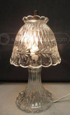 shopgoodwill.com: Decorative Glass Table Lamp W Glass Shade