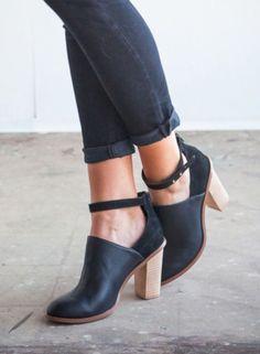 95 Best SHOES images   Shoe boots, Wide fit women s shoes, Beautiful ... 70bcb071c35a