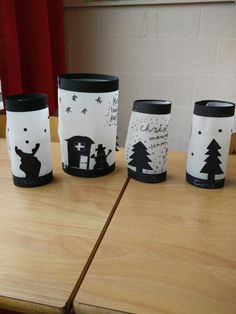 Kerstlichtje van overtrek- of bakpapier. Christmas Art Projects, Christmas Crafts, Winter Crafts For Kids, Mugs, Tableware, Museum, Teaching, Holidays, School