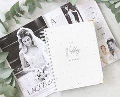 The Wedding Planner @vipapier + @voguenoivas = Combinação perfeita para planejar o casamento dos sonhos! #casamento #noiva #plannerdanoiva #agendadanoiva #planejamento #organização #noivado