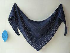 modèle Unilintu (tuto en français) 2 écheveaux de Malabrigo lace Paris night, fil tricoté en double, aig 4 mm