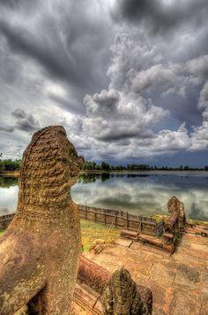 Sras Srong, the royal's pool in Angkorian period.