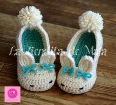 Toddler Bunny Slippers Tot Hops Toddler Crochet Pattern - Childrens shoe Sizes 4 - 9 - ALL Six Sizes Included - Pattern number 214 link to adult pattern avail to buy Easter Crochet, Crochet For Kids, Crochet Crafts, Yarn Crafts, Crochet Projects, Knit Crochet, Crochet Bunny, Crochet Toddler, Crochet Mandala