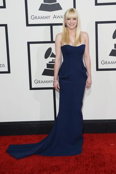 Anna Faris | Fashion On The 2014 Grammy Awards Red Carpet