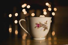 Thé tulsi: un excellent anti-stress - The Vert et Chocolat Free Photos, Free Images, Bokeh Images, Photo Cup, Kinds Of Camera, Live Life Happy, Stress, Spiritus, Light Images