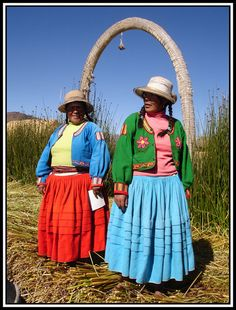 I seriously hope I'll be able to buy a cardigan like these in Peru.