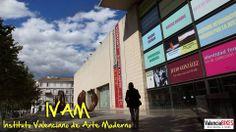En el IVAM puedes viajar en el tiempo sin salir del edificio. Sus salas acogen el arte contemporáneo más actual y también los restos de la muralla medieval que envolvía la ciudad. Ésa es una de las muchas curiosidades que te contamos en nuestra parada del Bike Tour dedicada al Instituto Valenciano de Arte Moderno.