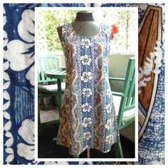 Surf's Up in this Vintage Hawaiian Dress Size by BarbeeVintage, $19.00