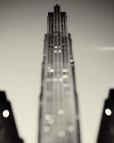 darkcontent:    (via eye poetry - the photo blog of fine art photographer Irene Suchocki: New York Noir)