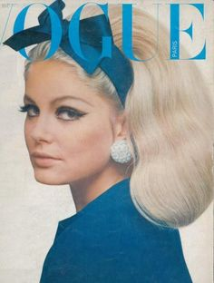perfect 60s makeup and hair