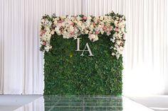 Flower Backdrop, Ceremony Backdrop, Flower Wall, Wedding Themes, Wedding Colors, Wedding Flowers, Wedding Ideas, Simple Wedding Reception, Simple Weddings