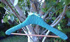 Contoured Coat Hanger Cover pattern by Linda Z. O'Halloran. Free pattern.