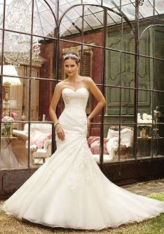 Romantic Dropped Waist Organza Fit N Flare Sweetheart Wedding Dresses at http://www.angelweddingdress.com/
