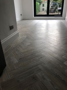 Looking for quality Solid Wood Flooring, Laminate, Vinyl or High-End Carpets in Hertford? House Extension Plans, Basement Makeover, Herringbone Wood Floor, Flooring, Stone Flooring, Wooden Floors Living Room, New Homes, Amtico Spacia, Flooring Inspiration
