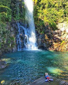Trilheira @vechavaglia na Cachoeira Serra Azul Nobres - Mato Grosso.  Foto: @vechavaglia . Conheça: @trilheiros_do_brasil . Use #trilheirasdobrasil e compartilhe suas aventuras conosco. by trilheirasdobrasil