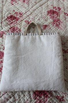 「フレンチアンティークファブリック パッチワークハンドメイドバッグ」ココン・フワット Coconfouato [アンティーク照明&アンティーク家具] アンティーククロス アンティークファブリック アンティークテキスタイル  ファブリック レース --cloth--
