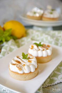 Small Desserts, Fancy Desserts, No Bake Desserts, Mini Pies, Little Cakes, Pastry Cake, Food Inspiration, Cake Recipes, Bakery