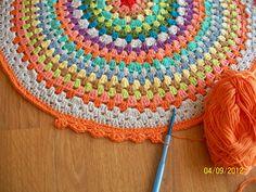 Crochet de colores muñecos,tapetes,bufanda....