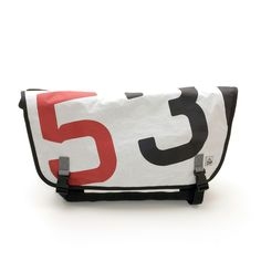 Messenger bag/Black-Red Numbers via Purjebägit. Click on the image to see more!