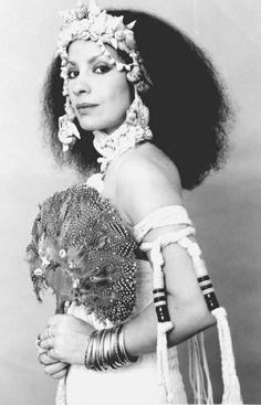 Clara Nunes - cantora