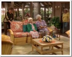 Southgate Residential: TV and Movie Houses: The Golden Girls Girls Furniture, Types Of Furniture, Furniture Making, Cool Furniture, Outdoor Furniture Sets, Outdoor Decor, Golden Girls House, Golden Girls Theme, Bday Girl