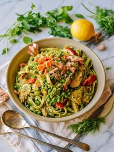 Salmon pasta with green goddess dressing is a delicious dish. Salmon pasta uses delicious fresh green herbs to make a rich and luscious green goddess sauce Summer Pasta Recipes, Wok Of Life, Salmon Pasta, Pesto Salmon, Pizza, Creamy Pasta, Green Goddess, Thing 1, The Fresh