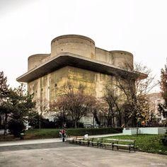 Flakturm VIII G-tower, Arenberg Park, Vienna, Austria, built in 40-s, Friedrich Tamms, Fritz Todt, (Organisation Todt) ©B.A.C.U.