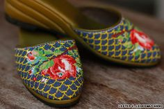 Robert Sng: 100 hours to make a pair of slippers | CNN Travel
