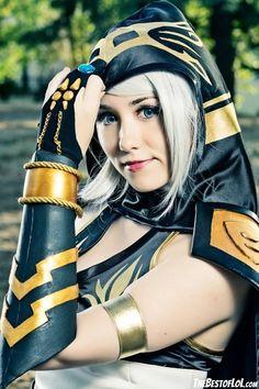 Beauty Ashe cosplay