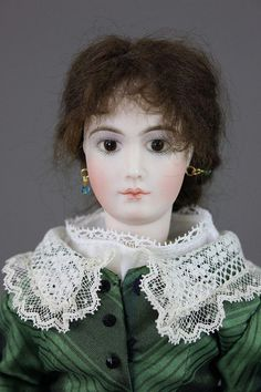 """12"""" ALICE LEVERETT ULTIMATE FASHION DOLL - by McMasters Harris Appletree Doll Auctions"""