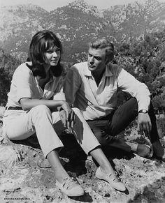 Annakarina y Michael Caine. los zapatos de Annakarina