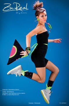 Triangular clutch bag - Triangular Hipnosis.  Handmade Neon Fabrics Necklace  #Fashion #clutch #bag