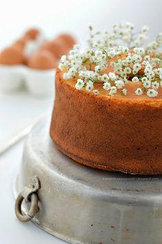 ... orange bundt cake ...